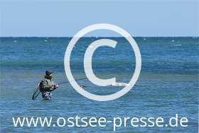 Ostsee Pressebild: Strandangeln
