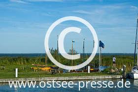 Ostsee Pressebild: Idyllischer Boddenhafen