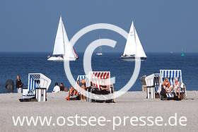 Ostsee Pressebild: Herbsttag am Strand