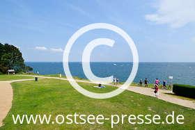 Ostsee Pressebild: Blick von der Steilküste auf die Ostsee
