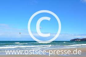 Ostsee Pressebild: im Frühling am Strand