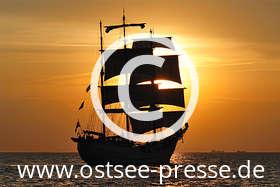 Ostsee Pressebild: Windjammer in der Abendsonne