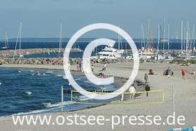 Ostsee Pressebild: Strand & Yachthafen